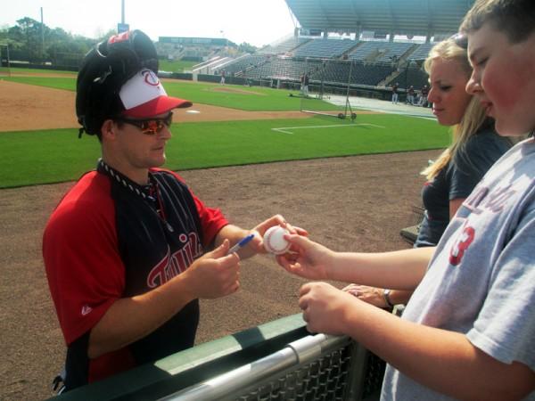 Josh Willingham autogrphs Tanner's Baseball